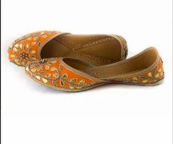 Naakhro Queen Orange Jutti