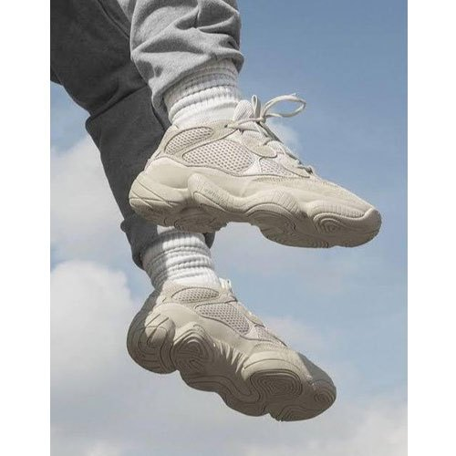 yeezy shoes under 500