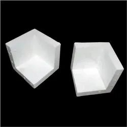 White Thermocol Corner, Thickness: 10 Mm, Size/Dimension: 12*120*120 Inch