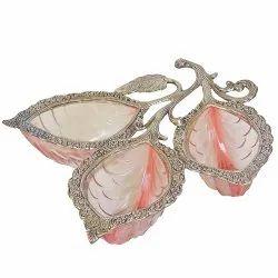 Oxidize Metal & Glass 3 Leaf Shape Bowl Set