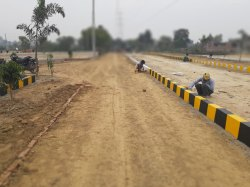 Residential Plots On Outer Ring Road Behiend Anandi Water Park, in Lucknow, Size/ Area: 1000
