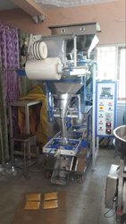 Granule Spices Dal Rice Snacks Packing Machine - Pneumatic FFS Machine Weigh Filler