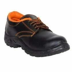 safety shoes for labour