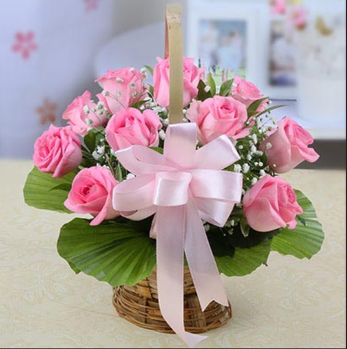 Round basket of 10 pink roses at rs 560 pack flower baskets id round basket of 10 pink roses mightylinksfo