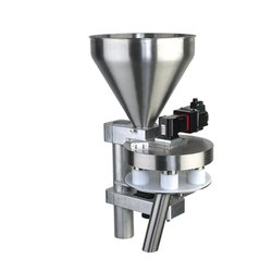 VFFS Pneumatic Machine with Cup Filler