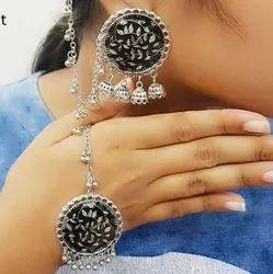 Meer Tokir CI Casting Ladies Silver Earrings