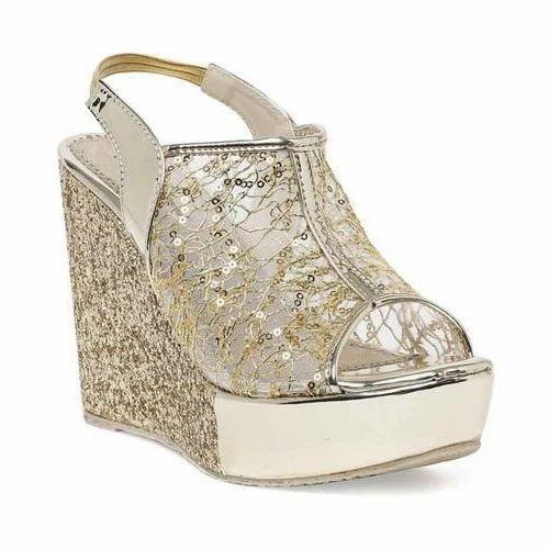 7edbb0bb637 Stepee Women Golden Party Wear Mesh Wedges Sandals