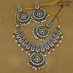 Traditional Pearl Kundan Victorian Necklace Set