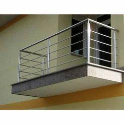 Home SS Railings, Mounting Type: Floor