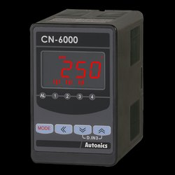 CN-6000 SeriesIsolated Converters with Programmable LCD Display