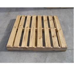 Heat Treated Wooden Pallets