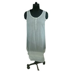 White Cotton Ladies Long Top, Packaging Type: Box