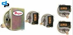 Dwyer Series 1900-5 Compact Low Differential Pressure Switch Range 1.40-5.5 WC