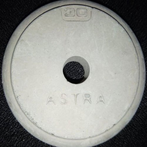 White 30mm Round Concrete Cover Block, Packaging Type: Bag