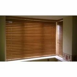 Available in Wood And PVC Horizontal Blind