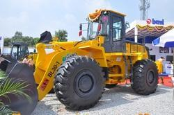 Beml Backhoe Loader