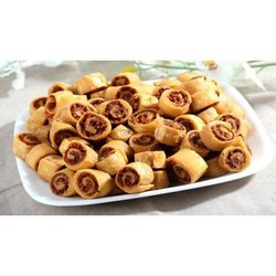 Vandan Sweets Bhakarwadi Namkeen, Packaging Size: 1 Kg