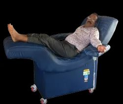 Blue Portable Blood Donor Couch, Size: 1828 X 609 X 660