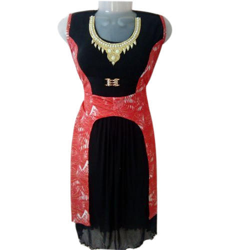 4433c6fdaba53 Ladies Red And Black Printed Fancy Long Top