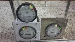 Aerosense Model ASG-204 Differential Pressure Gauge Range 0-4 PSI