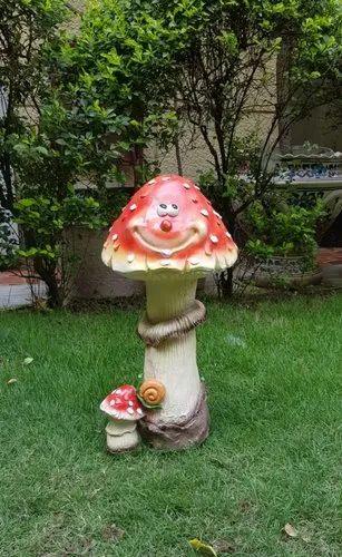 Smiley 14 Inch Big Mushroom Garden Balcony Decoration At Rs 800