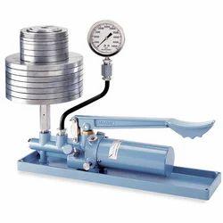Pressure Gauges - Dead Weight Pressure Gauge Manufacturer