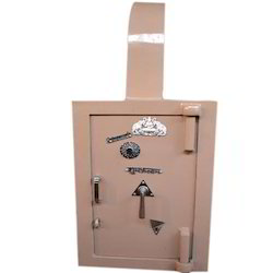Petrol Pump Safe