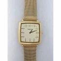Crony Men Gold Tone Chain Wrist Watch