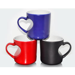 Glossy Heart Shaped Handle Mug