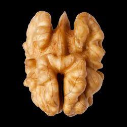 Walnut Kernel Grade 1 Half.