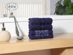 Green Divine Overseas Elegance Hand Towel Set