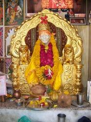 Shri Sai Gold Mounted Sinhasan