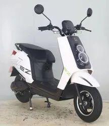 DELTIC EZ E Scooter