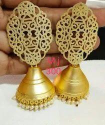 Met jhuka earring