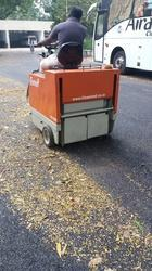Top Battery Operated Road Cleaning Machine