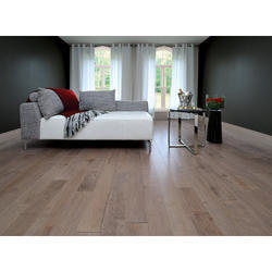 Oak Latte Laminated Flooring