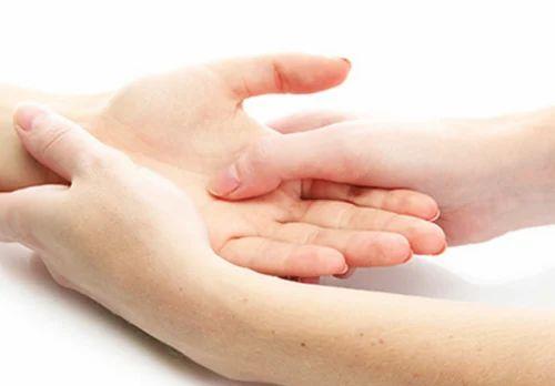 Hand Massage Treatment, Ayurvedic Treatment - Tibetan Healing & Wellness Center, Bengaluru   ID: 19611965330
