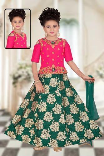 ac8afea4c Heavy Designer Kids Lehenga Choli at Rs 995  pc onwards