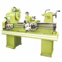 RXZ-M Medium Duty Lathe
