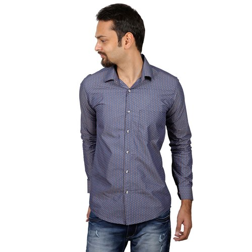what color shirt goes with dark blue jeans