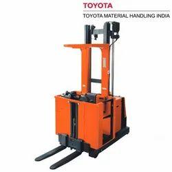 Toyota OME100MW 1.0 Ton BT Optio M-Series Order Picking Trucks