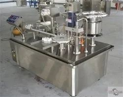 Multipack Machines Wooden Packing Only Semi Automatic Plugging Machine, Gmp Model