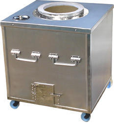 Square 304 Stainless Steel Tandoor For Hotels, Features: Electric Heated