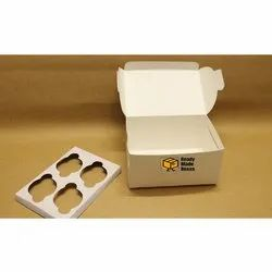 4 Cavity White Cupcake Box