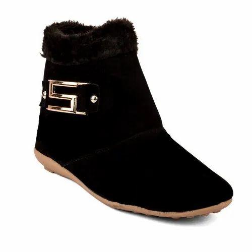Cute Fashion Ladies Fur Boots, Size: 37