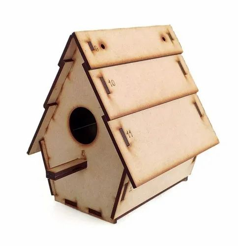 Wooden Sparrow Home, Size: Meadium