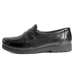 Mens Leather Formal Slip-on Dress Shoes, Size: 40-45