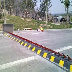 Road Spike Barrier