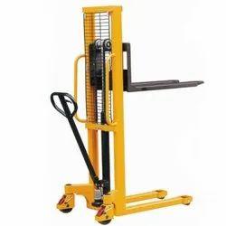Hydraulic Material Handling Lift