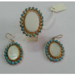 Mother of Pearl Silver Dangler Earrings